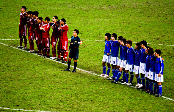 Japan and Hong Kong prepare for penalties. Image courtesy of ibausu on Flickr.