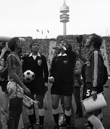 Jack Taylor performing the coin toss for the 1974 World Cup final with Johan Cruyff and Franz Beckenbauer